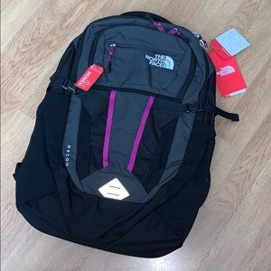 NWT The North Face Recon Backpack - Grey/Purple